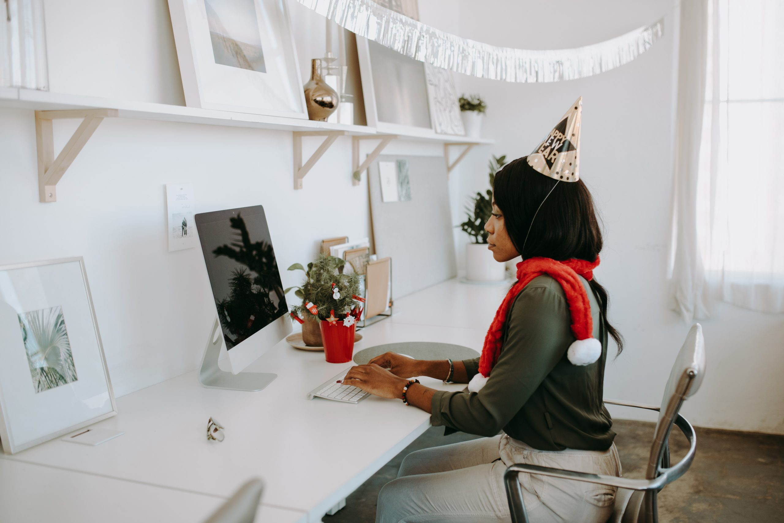 5 Affordable Ways To Show Gratitude In A Remote Work Environment